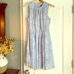 Light Blue Banana Republic Dress - Size 0